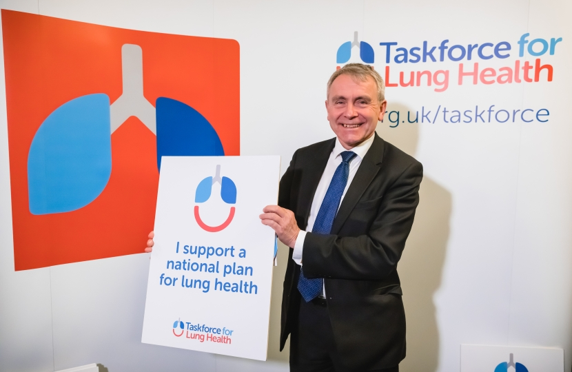 Robert Goodwill MP backs the Taskforce for Lung Health and better lung health in Scarborough and Whitby